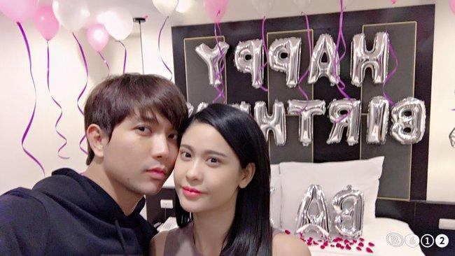Tranh thủ chuyến lưu diễn, Tim bí mật tổ chức sinh nhật lãng mạn cho Trương Quỳnh Anh - Ảnh 2.