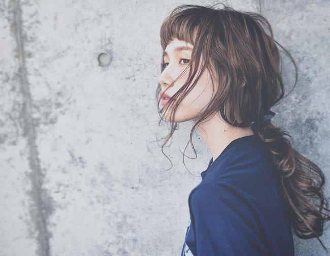 10 kiểu tóc xinh lung linh bạn có thể diện từ sáng tới tối mà vẫn đẹp dịp Tết - Ảnh 1.
