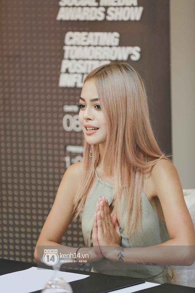 Sang Malaysia phỏng vấn độc quyền Lily Maymac - hotgirl số 1 Instagram châu Á - Ảnh 1.