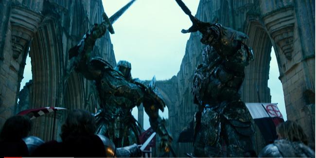 Optimus Prime nối gót Dominic Toretto phản bội gia đình trong trailer mới của Transformers: The Last Knight - Ảnh 2.