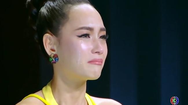 Tham thí sinh cho lắm, cũng đến lúc Bee Namthip phải khóc cạn nước mắt khi tự loại học trò - Ảnh 7.