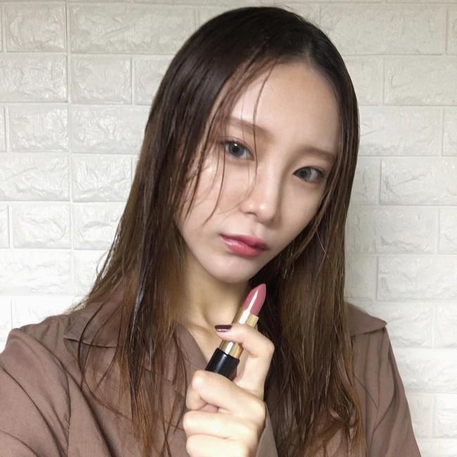 Son màu hồng đất Kim Go Eun diện trong Goblin gây sốt, con gái Hàn thi nhau sắm - Ảnh 13.
