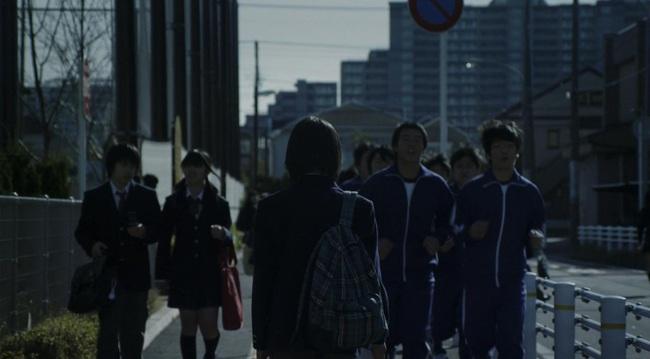 Confessions: Từ câu chuyện lớp học Nhật Bản gây ám ảnh đến nỗi sợ một xã hội vô cảm - Ảnh 10.