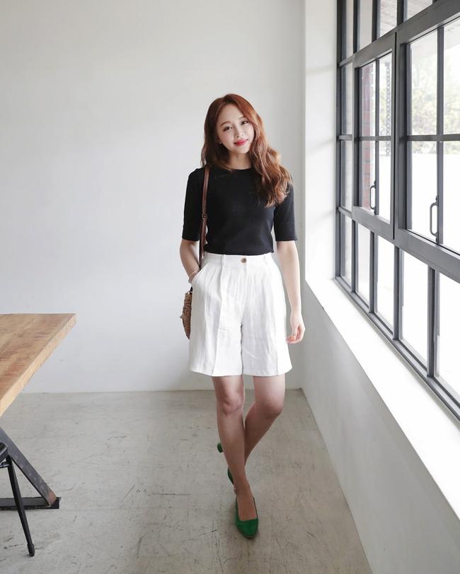 12 công thức diện shorts vải mùa hè xinh ơi là xinh lại mát rượi cho các cô nàng học theo - Ảnh 10.
