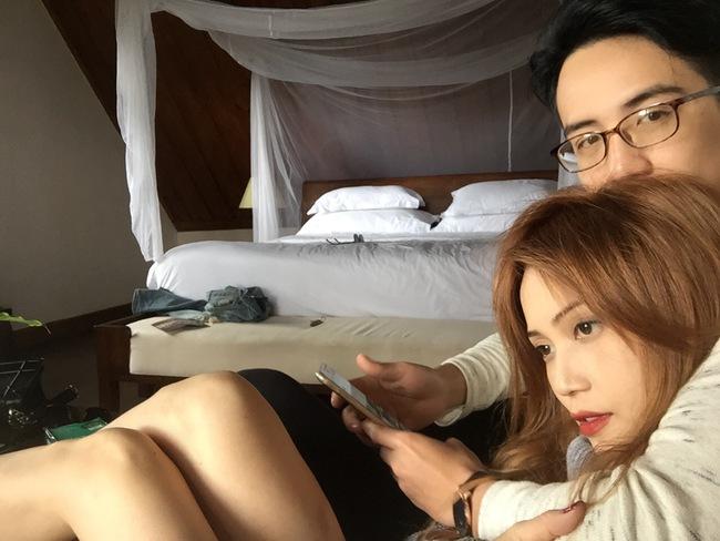Sĩ Thanh công khai đang hẹn hò với chàng bác sĩ 6 múi, đẹp trai nhất Việt Nam - Ảnh 3.