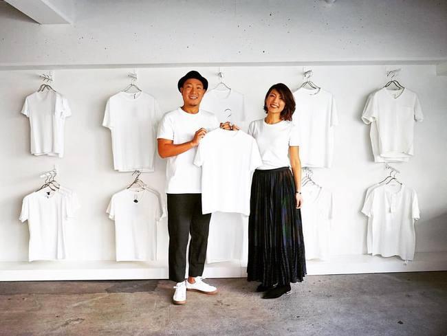 Cửa hàng chỉ bán áo phông trắng, còn chảnh tới mức chỉ mở cửa duy nhất thứ 7 nhưng luôn nườm nượp khách đến mua - Ảnh 12.