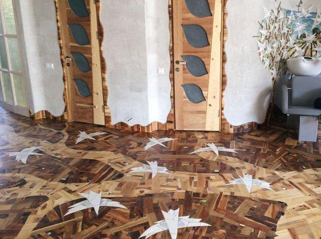 Thu thập các mảnh gỗ vụn bỏ đi, người đàn ông biến sàn nhà thành một tác phẩm nghệ thuật đẹp ngỡ ngàng - Ảnh 19.