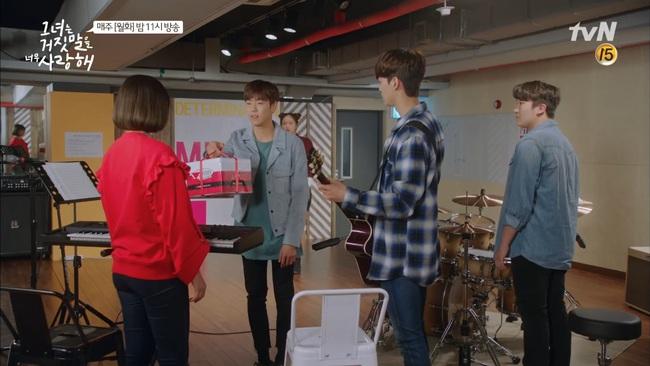 """""""Liar And Lover"""": Tân binh khủng long"""" Joy dấn thân vào showbiz Hàn - Ảnh 15."""