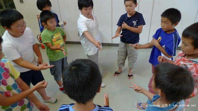 Một bữa trưa đạm bạc của trẻ em Nhật sẽ khiến nhiều người phải cảm thấy hổ thẹn, và đây là lý do 6