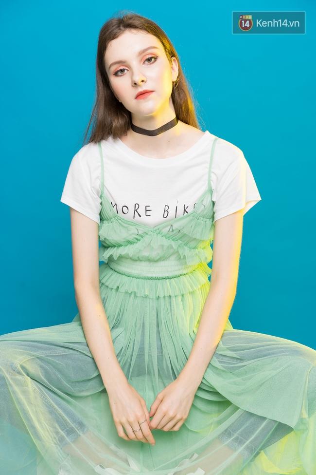 5 công thức mix áo phông trắng đẹp mê bạn phải diện ngay hè này - Ảnh 4.