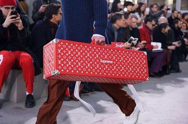 Louis Vuitton x Supreme - BST hàng hiệu xa xỉ mang đẳng cấp dân chơi đang khiến giới thời trang dậy sóng - Ảnh 16.