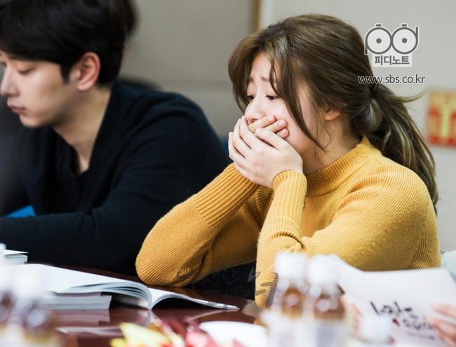 Ji Chang Wook siêu điển trai và đáng yêu bên bạn diễn phim mới - Ảnh 8.