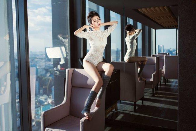 Chưa bao giờ, Quỳnh Anh Shyn tự tin tạo dáng sexy táo bạo như thế này - Ảnh 11.