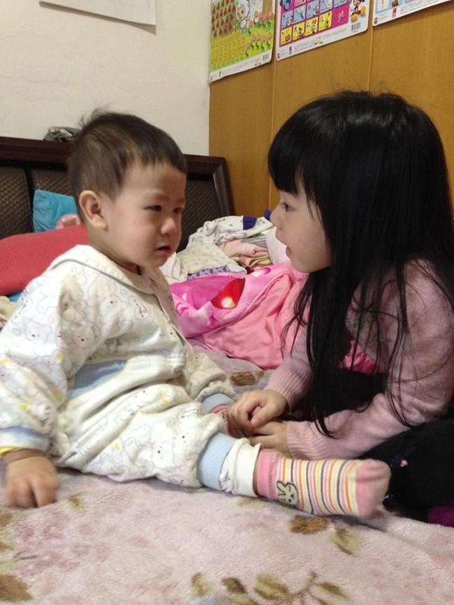 Bị mẹ ngăn cản, cô bé 5 tuổi vẫn kiên quyết cắt tóc răng cưa để giống thần tượng Maruko - Ảnh 13.
