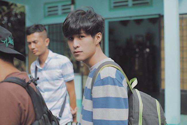 Nam sinh Việt siêu điển trai, xứng danh chàng trai năm ấy chúng ta cùng theo đuổi!