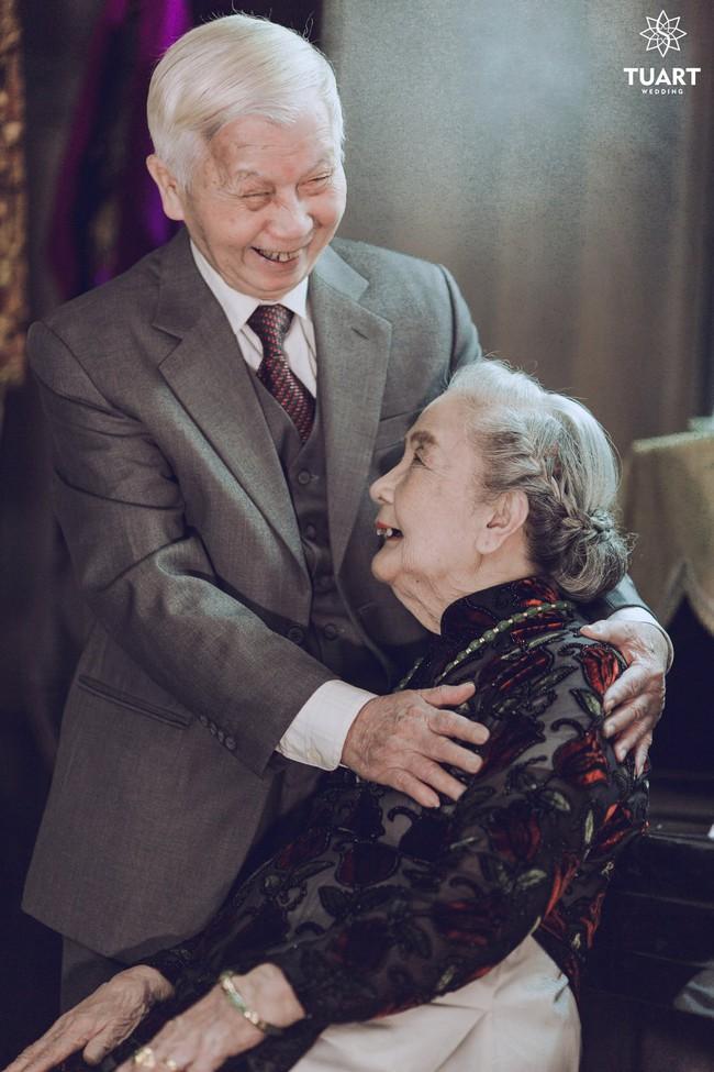 Mùa Valentine, ngắm bộ ảnh ngọt ngào của cụ ông, cụ bà đã 90 tuổi để thấy tình yêu thật tuyệt vời! - Ảnh 11.