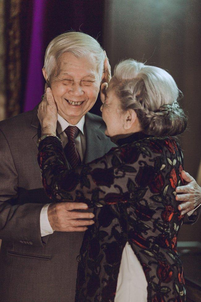 Mùa Valentine, ngắm bộ ảnh ngọt ngào của cụ ông, cụ bà đã 90 tuổi để thấy tình yêu thật tuyệt vời! - Ảnh 13.