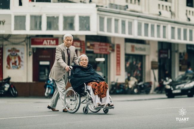 Mùa Valentine, ngắm bộ ảnh ngọt ngào của cụ ông, cụ bà đã 90 tuổi để thấy tình yêu thật tuyệt vời! - Ảnh 7.
