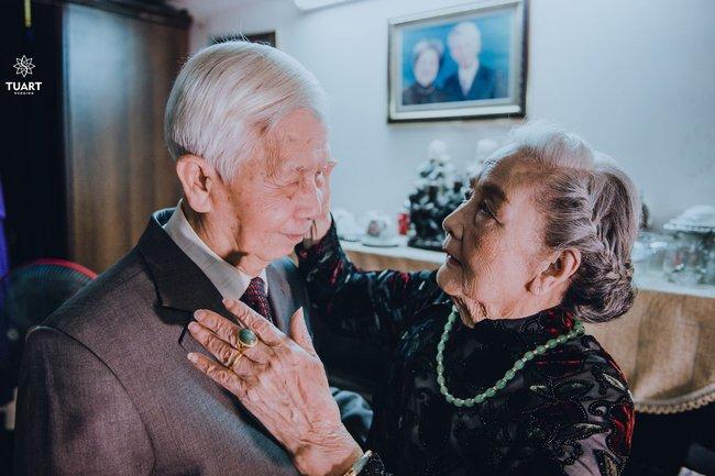 Mùa Valentine, ngắm bộ ảnh ngọt ngào của cụ ông, cụ bà đã 90 tuổi để thấy tình yêu thật tuyệt vời! - Ảnh 14.