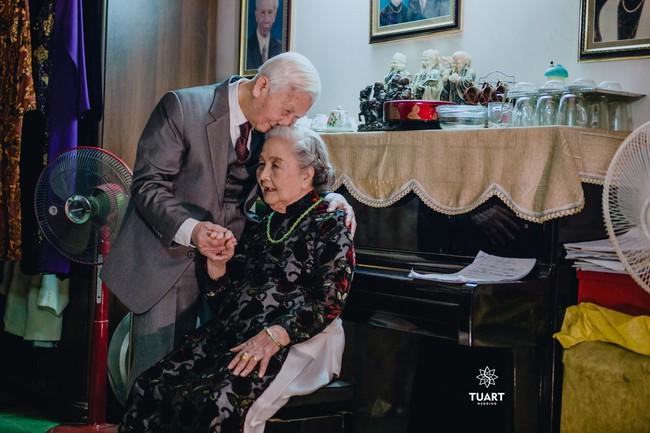 Mùa Valentine, ngắm bộ ảnh ngọt ngào của cụ ông, cụ bà đã 90 tuổi để thấy tình yêu thật tuyệt vời! - Ảnh 15.
