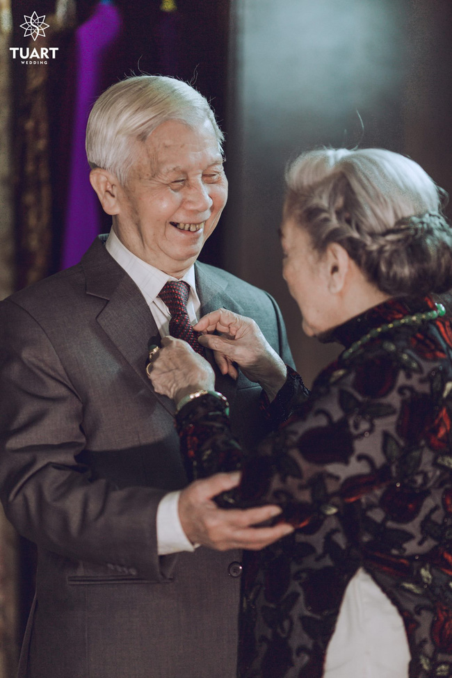 Mùa Valentine, ngắm bộ ảnh ngọt ngào của cụ ông, cụ bà đã 90 tuổi để thấy tình yêu thật tuyệt vời! - Ảnh 17.