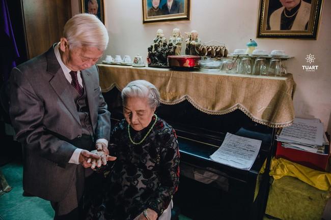 Mùa Valentine, ngắm bộ ảnh ngọt ngào của cụ ông, cụ bà đã 90 tuổi để thấy tình yêu thật tuyệt vời! - Ảnh 19.