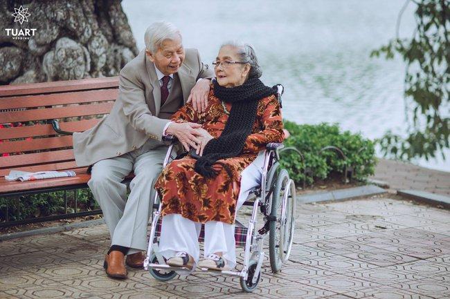 Mùa Valentine, ngắm bộ ảnh ngọt ngào của cụ ông, cụ bà đã 90 tuổi để thấy tình yêu thật tuyệt vời! - Ảnh 21.