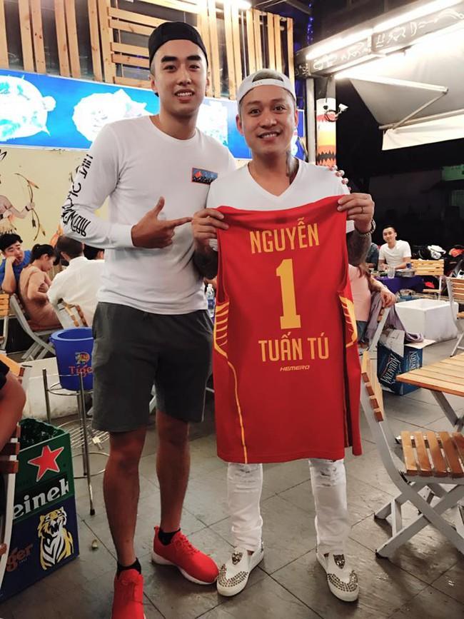 Nguyễn Thị Loan hẹn hò ngôi sao của bóng rổ Việt Nam  - Ảnh 5.