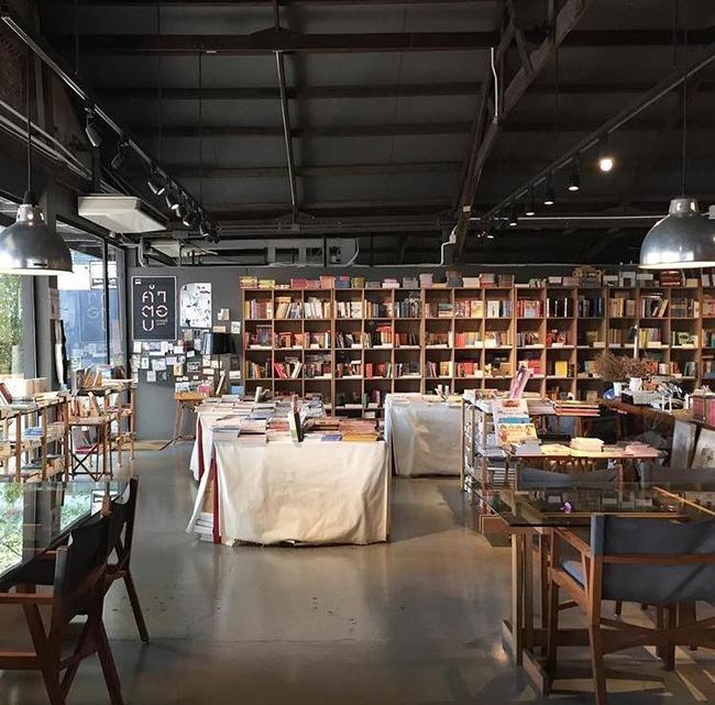 3 tổ hợp cafe - mua sắm cực xinh ở Bangkok mà bạn không thể bỏ lỡ trong chuyến đi tới! - Ảnh 40.