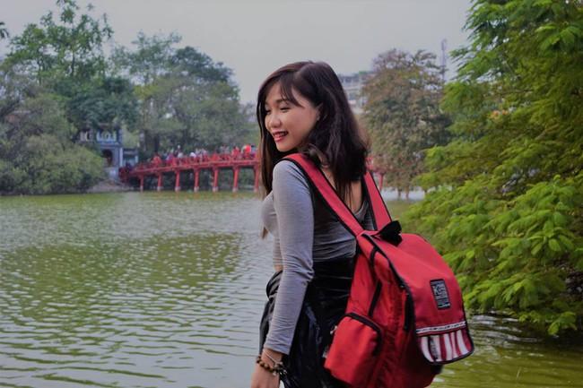 Cô gái phượt Sài Gòn - Hà Nội 40 tiếng bằng xe máy: Đã ngủ nghỉ một đêm và vận tốc trung bình 80km/h - Ảnh 4.