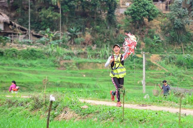 Cô gái Việt trở thành phụ nữ châu Á đầu tiên chinh phục 4 sa mạc khắc nghiệt nhất thế giới - Ảnh 5.