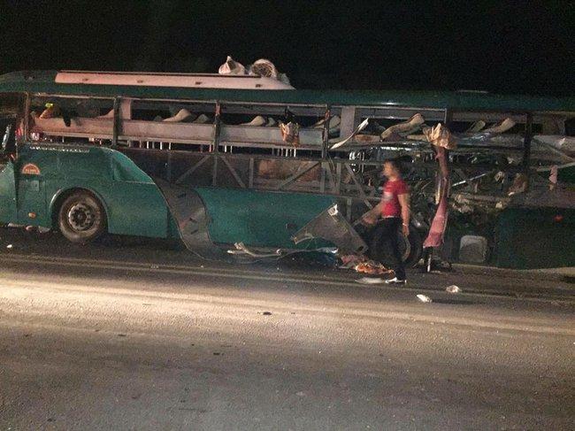 Xe khách giường nằm Ka Long phát nổ kinh hoàng trên quốc lộ - Ảnh 2.