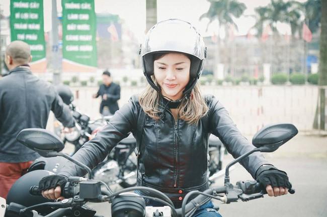 Nhan sắc cô gái cưỡi Ducati gây chú ý trong đoàn diễu motor tưởng nhớ Trần Lập - Ảnh 2.