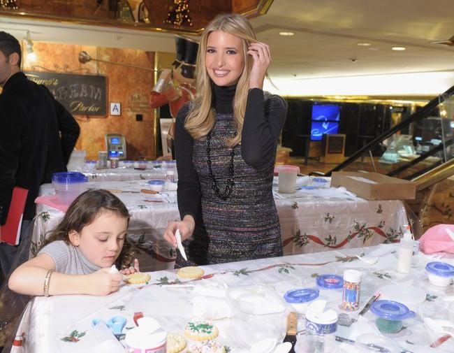 Từ cô con gái nhà giàu đến đệ nhất tiểu thư Mỹ: Cuộc sống sang chảnh từ trứng nước của Ivanka Trump - ảnh 17