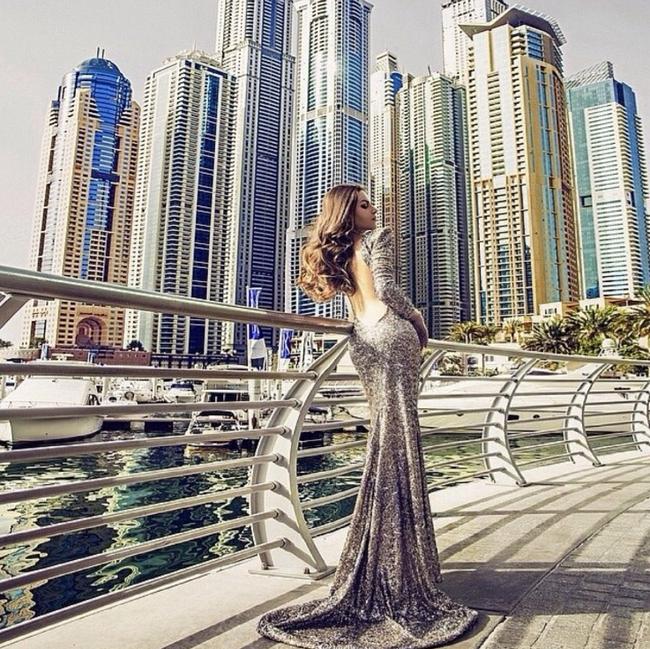 Mùa Hè sang chảnh, thỏa sức khoe dáng của các tiểu thư nhà giàu Dubai - Ảnh 35.