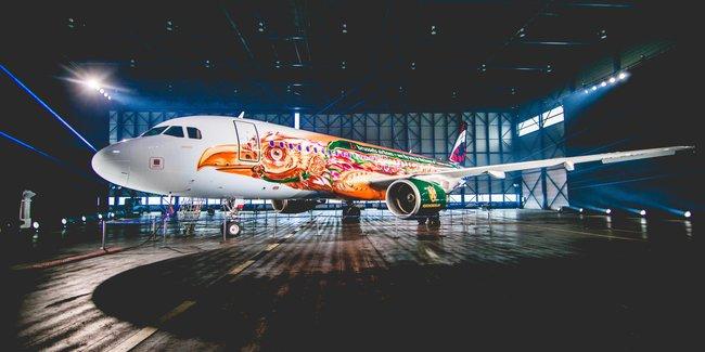 Tomorrowland 2017 cháy vé sau 5 tiếng mở bán, chịu chơi với máy bay thiết kế riêng - Ảnh 5.