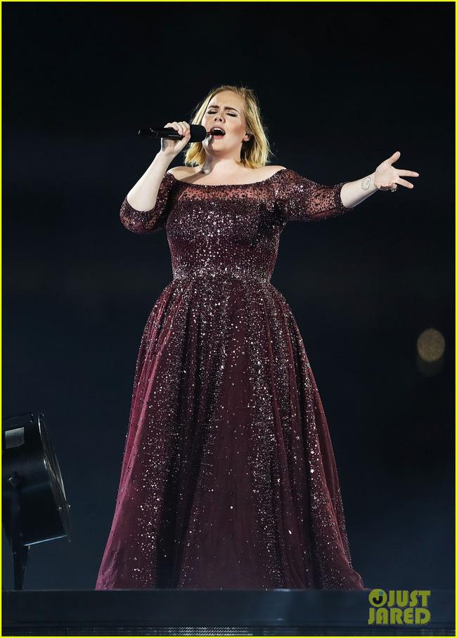 Adele lên tiếng bảo vệ khi khán giả la ó phản đối Justin Bieber - Ảnh 1.