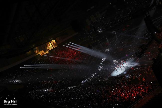 Hết Charlie Puth, lại thêm một nghệ sỹ US-UK mê nhạc của BTS như điếu đổ - Ảnh 8.