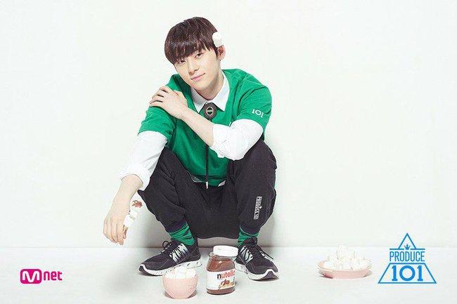 Fan đau lòng khi nhóm nhạc ra mắt 5 năm phải hát ca khúc của đàn em tại Produce 101 - Ảnh 4.