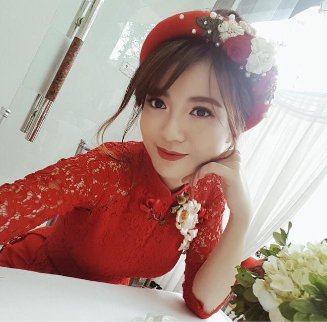Hot girl Tú Linh M.U xinh đẹp rạng rỡ trong lễ ăn hỏi - ảnh 1