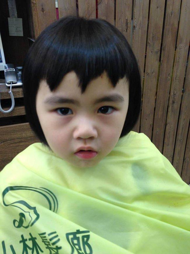 Bị mẹ ngăn cản, cô bé 5 tuổi vẫn kiên quyết cắt tóc răng cưa để giống thần tượng Maruko - ảnh 19