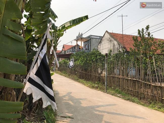 Người thân ở quê nhà đau đớn đón thi thể bé gái người Việt bị sát hại ở Nhật - Ảnh 2.