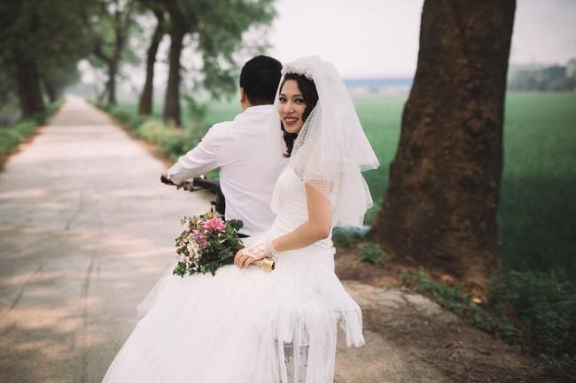 Độc nhất vô nhị: Chụp một lần, cặp đôi tái hiện được tất cả các kiểu lễ cưới Việt Nam trong 100 năm qua! - Ảnh 11.