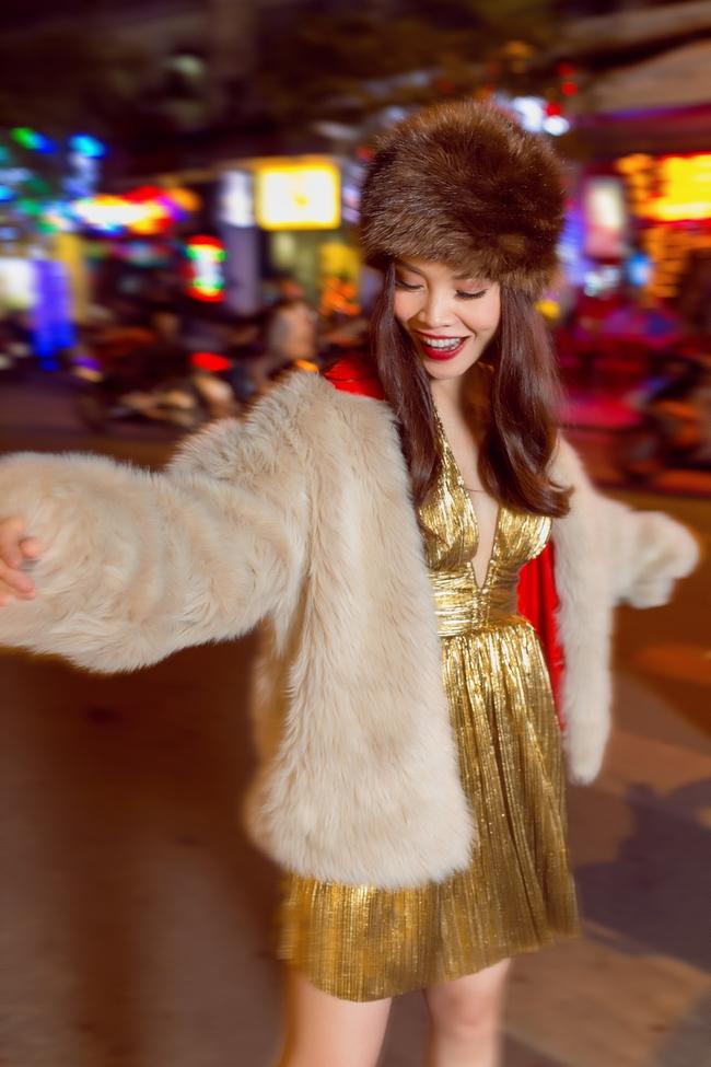Team Yến Trang tung bộ ảnh streetstyle cực chất trước đêm thi The Remix - Ảnh 12.
