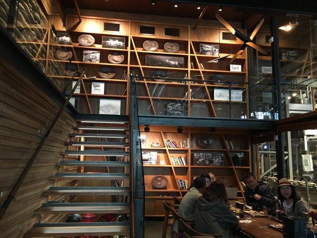 Choáng ngợp với cửa hàng có quy mô lớn nhất từ trước đến nay của Starbucks - ảnh 19