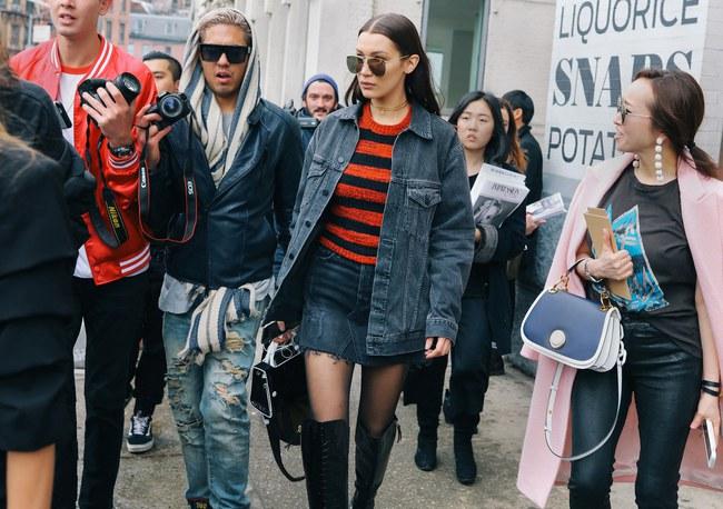 Chiêm ngưỡng đặc sản street style không đâu đẹp bằng của Tuần lễ thời trang New York - Ảnh 8.