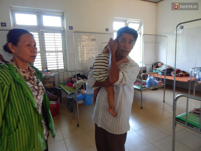 27 người nhập viện cấp cứu sau khi ăn bánh tét trong đám ma - Ảnh 2.