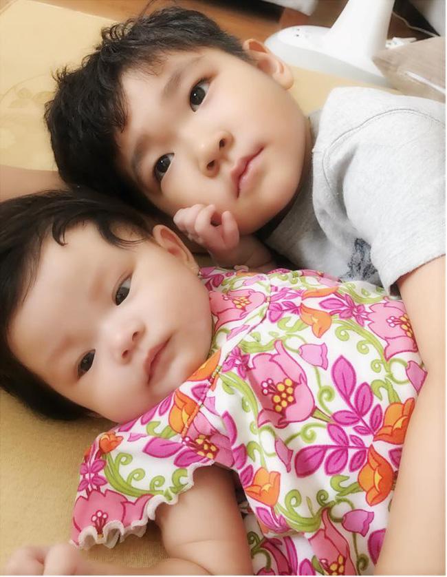 Hải Băng khoe ảnh con trai riêng của Thành Đạt xung phong chăm sóc em gái - Ảnh 2.