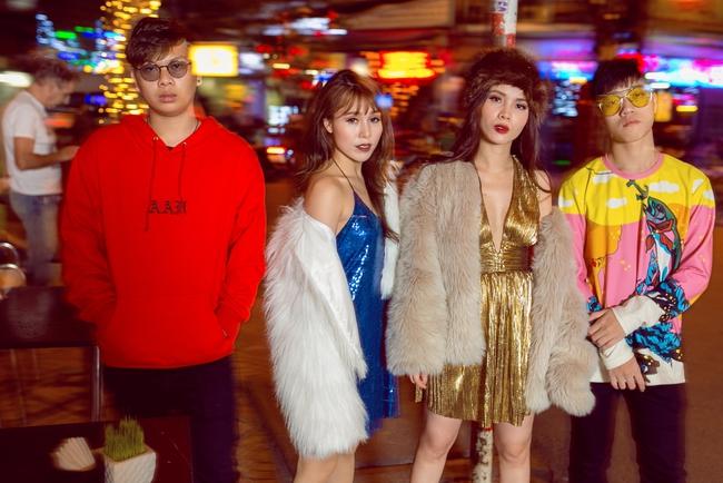 Team Yến Trang tung bộ ảnh streetstyle cực chất trước đêm thi The Remix - Ảnh 14.