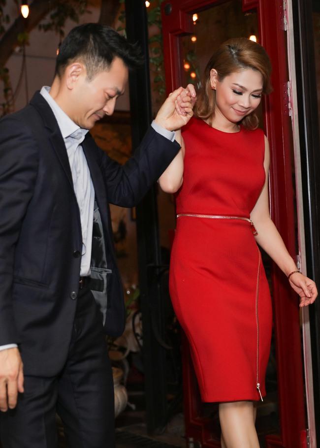 Thanh Thảo quấn quýt cùng bạn trai tại buổi tiệc ra mắt MV mới - Ảnh 6.
